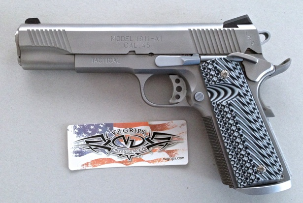 1911 with custom grips